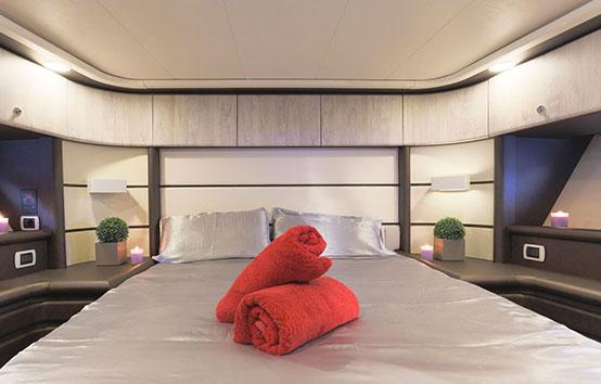 Ibiza Yacht Charter Baia Azzurra 63 Room