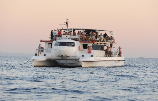 Ibiza Catamaran for events 150 people