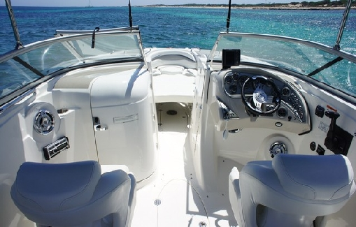 Alquiler de lancha en Ibiza Larson 288 LXi