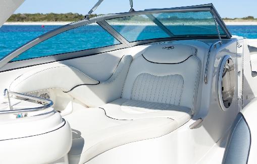 Alquiler de lancha en Ibiza Monterey 298 SS