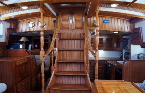 Alquiler velero clásico en Ibiza