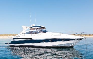 Alquiler de yates en Ibiza Pershing 45