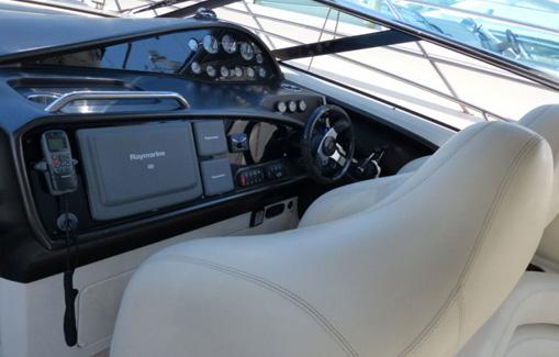 Alquiler de lancha en Ibiza Sunseeker Thunderhawk 43