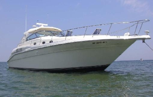 Alquiler de yate en ibiza Sea Ray 450 DA