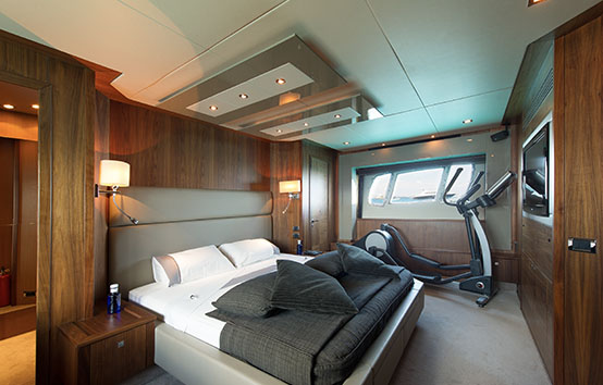 Sunseeker 84 charter Ibiza
