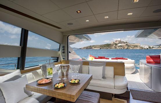 Alquiler de Yates en Ibiza: Pershing 72