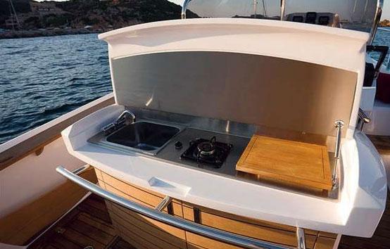 Ibiza motorboat charter Sessa key largo 30