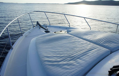 Ibiza Yachts Charter Ferreti 53