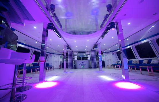 Alquiler de barco para eventos en Ibiza o Formentera