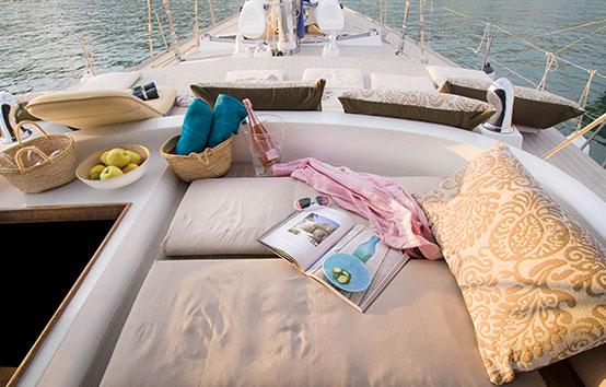 Alquiler de veleros en Ibiza exterior