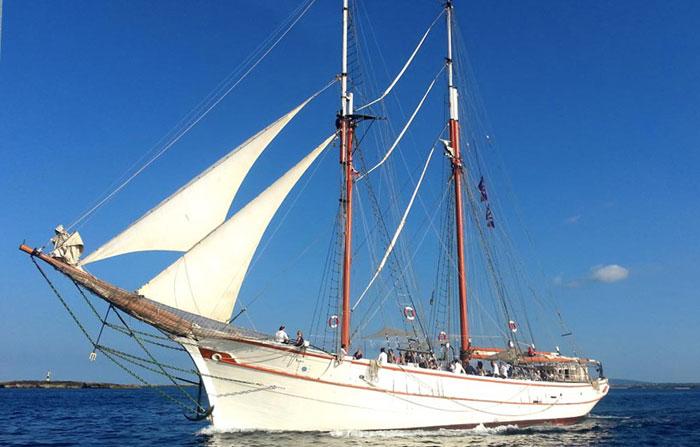 Barcos especiales para eventos de alquiler en Ibiza