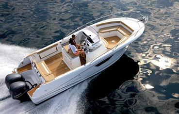 Jeanneau Cap Camarat motorboat Charter Ibiza