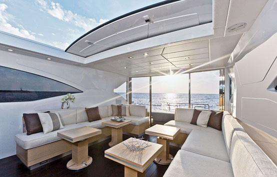 Alquiler yate de lujo en Ibiza Mangusta 72