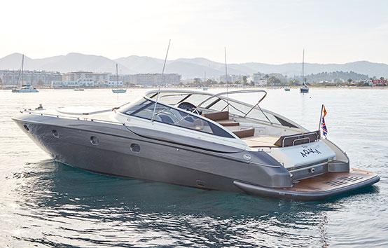 Alqulier de yate en Ibiza Baia Aqua 54