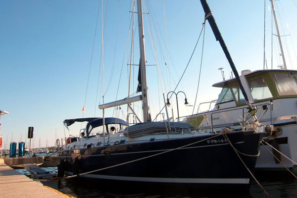 Ibiza Sailboat charter Beneteau Oceanis 50 [:en]Ibiza sailboats charter Beneteau Oceanis 50