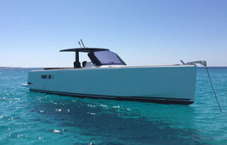 Alquiler lancha en Ibiza Fjord 40