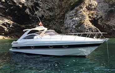 Pershing 37 Ibiza Charter Marina Botafoch