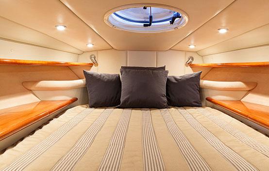 Ibiza motor boat charter Sunseeker Superhawk 48 Cabin