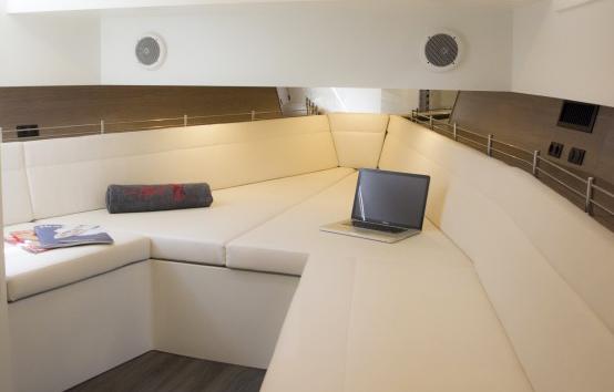 Ibiza motor boat charter Vanquish 48