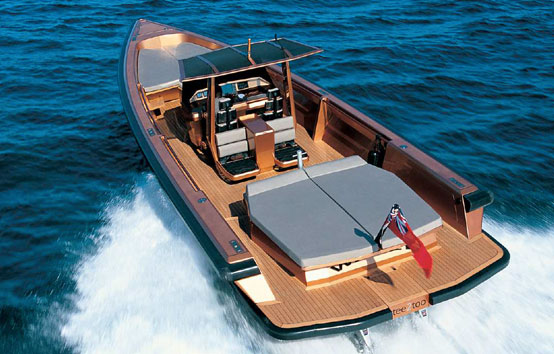 Motorboat Wally Tender 45 cruising in Ibiza