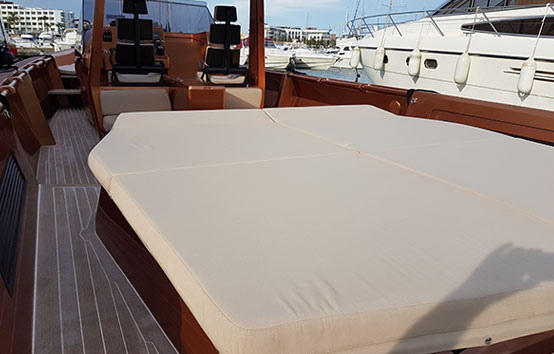 Wally Tender 45 Solarium in stern