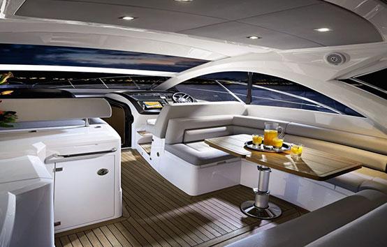 Ibiza Yacht Charter Sunseeker Portofino 40 Interior