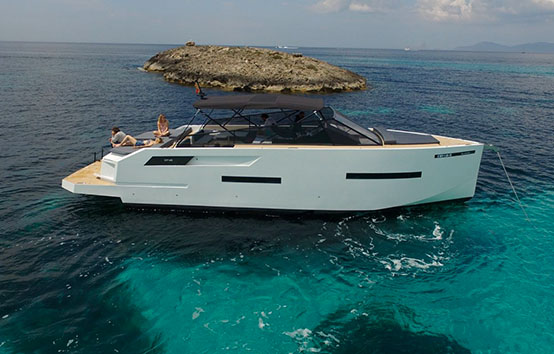 De Antonio d46 Open, Ibiza motor boat charter