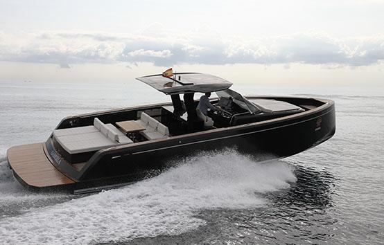 Ibiza motor boat charter Pardo 43