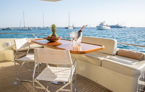 ibiza yachts charter Riva Dolce Vita 70