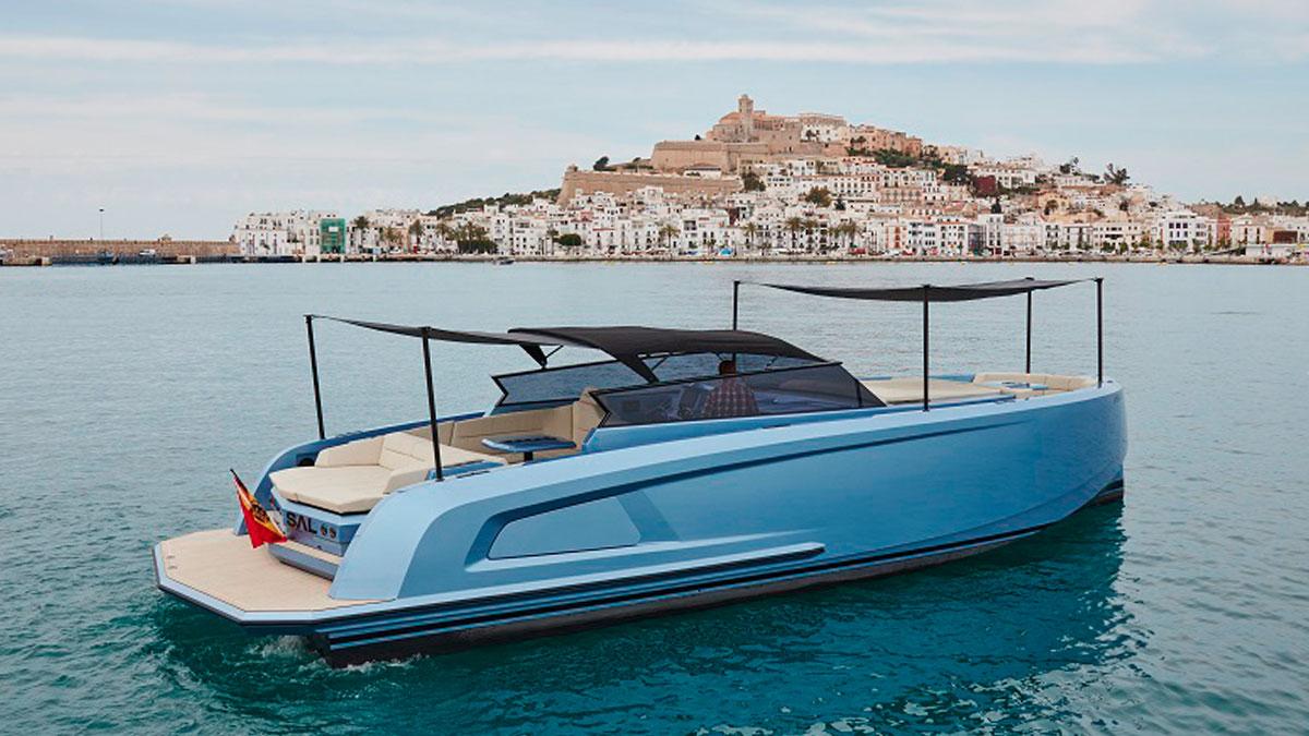 motorboat charter vanquish VQ45 MK2 ibiza